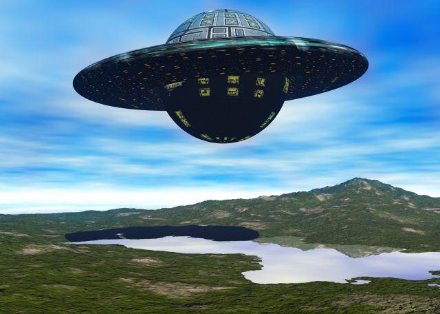 宇宙人が登場する最初の小説は?