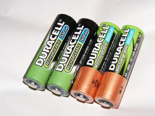 乾電池に張ってあるビニールは無駄?