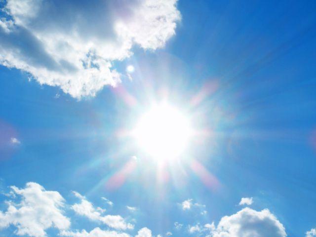 太陽 昼間