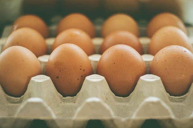 鶏の卵に「S」はない?
