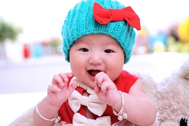 赤ちゃんは、眠くなると、何故手のひらが温かくなる?