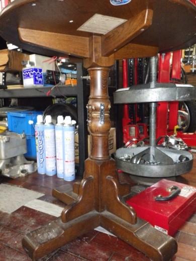 ガレージのテーブル (4)