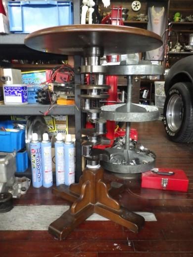 ガレージのテーブル (45)