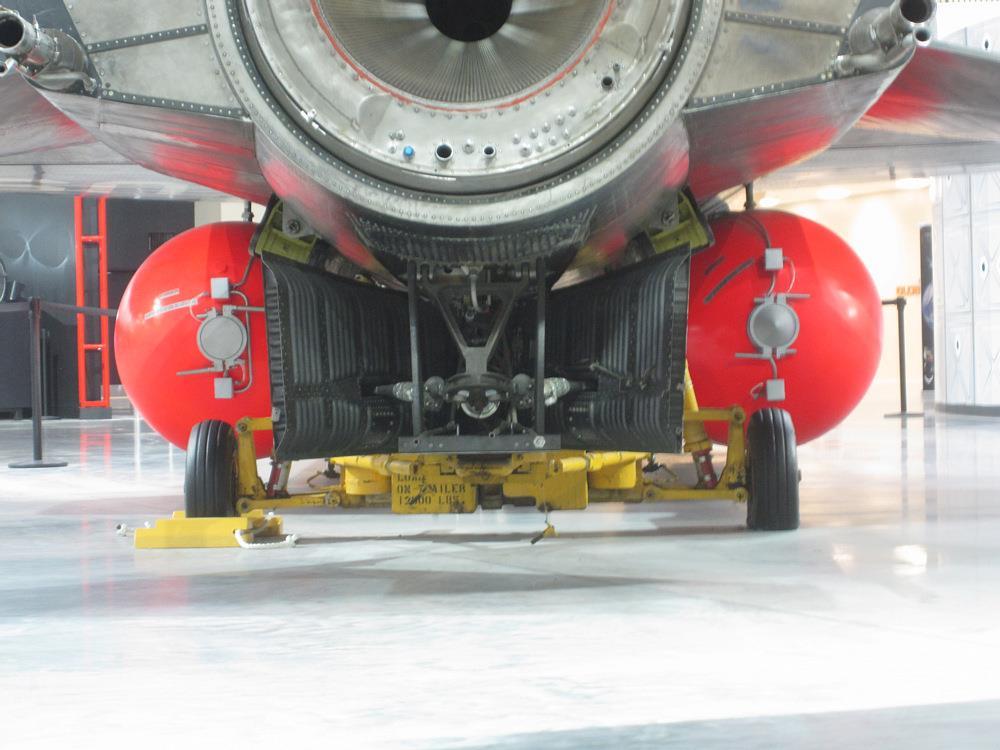 NM-USAF06.jpg