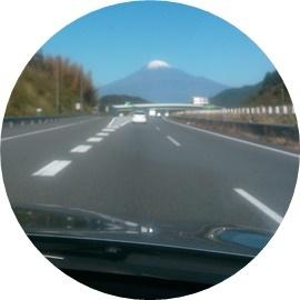 18 真正面に富士山
